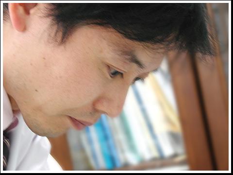 院長 綾田 健太郎(あやだ けんたろう)