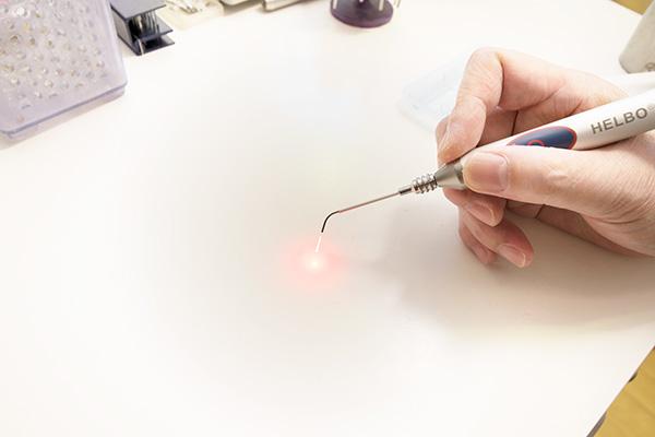 最先端治療 レーザ機器(光殺菌治療)