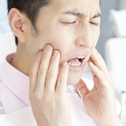 口を開けるとあごが痛い