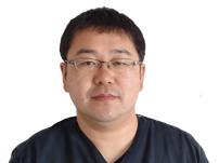 歯科技工士:佐藤 秀基