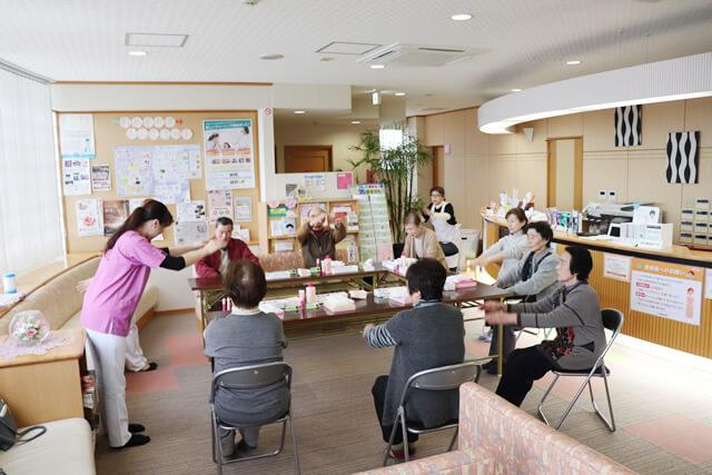 R1.12.13「いきいき健康お化粧教室」