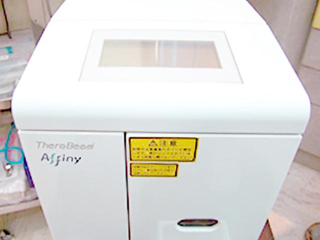 インプラント用光機能化機器 (セラビーム)