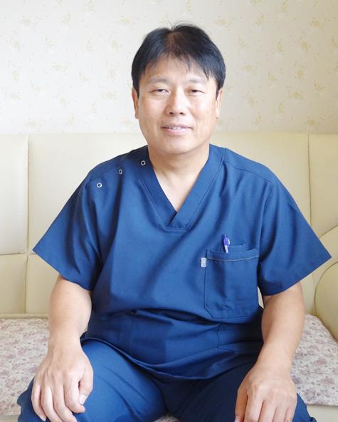 院長 浅野 智 (医学博士)