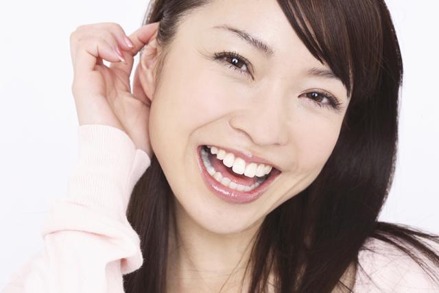 歯科医が開発したホワイトニング「クリスタルブライトニング」