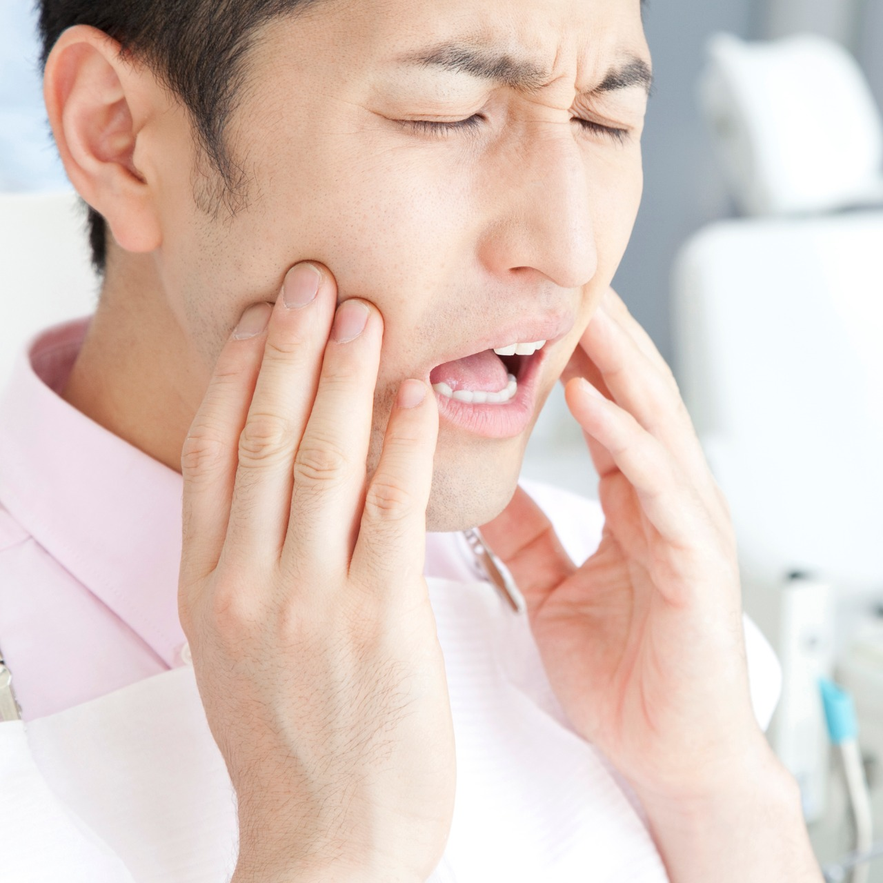 よく相談される口腔外科治療とは?