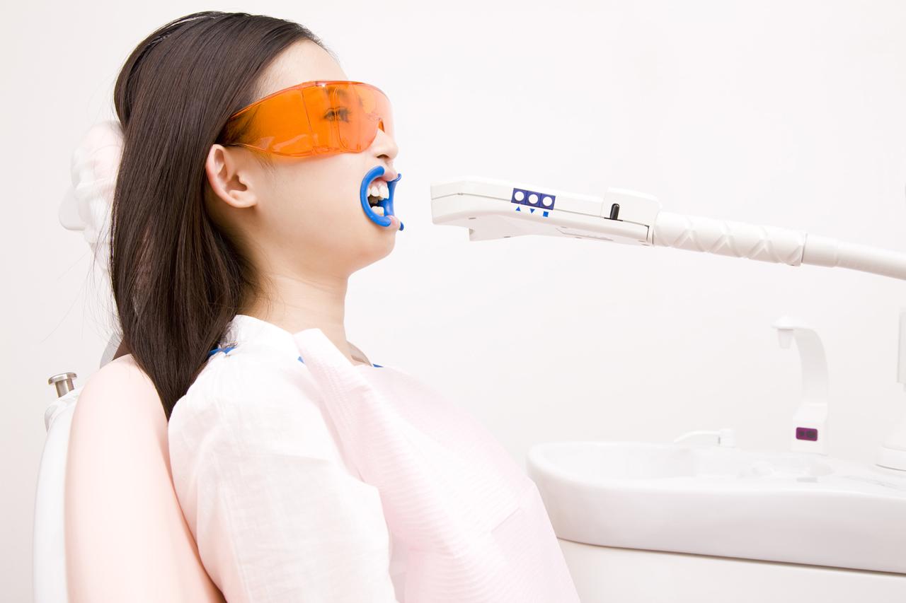 オフィスホワイトニング ~早く歯を白くしたい方へ~