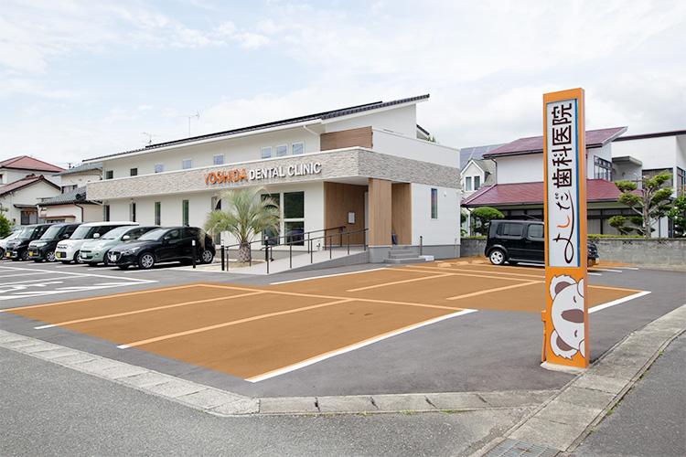 駐車場(医院側面側)