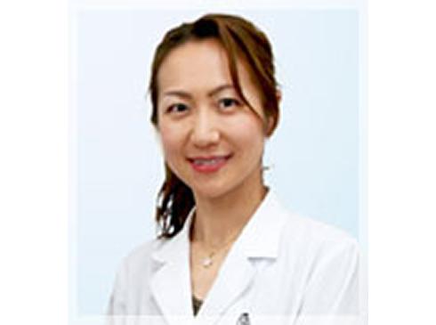 清水 美奈子(矯正認定医、矯正歯科担当)
