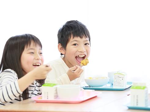 お口の健康のために食育を導入