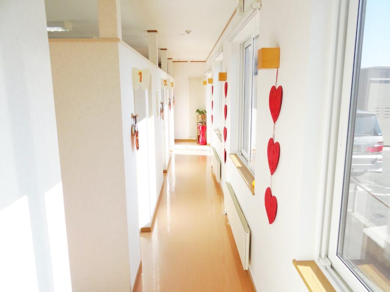 診療室への通路